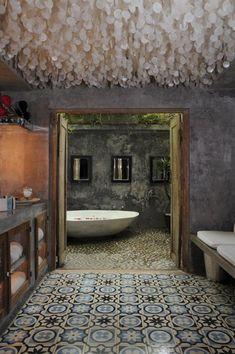 Bathroom - Concrete tiles, soft-crete Venetian plaster walls and capiz shell ceiling.a capiz shell ceiling. Decoration Inspiration, Bathroom Inspiration, Design Inspiration, Design Ideas, Design Design, Capiz Chandelier, Pendant Lamps, Pendant Lights, Bohemian Bathroom