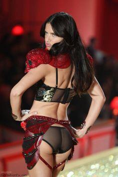 Sexy Adriana Lima at 2010 Victoria's Secret Fashion Show. #adrianalima