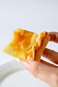 RECETA EXPRÉS: TARTA DE MANZANA - My CMS Sweet Desserts, Empanadas, Sin Gluten, Tan Solo, Pineapple, Snack Recipes, Brunch, Food And Drink, Chips