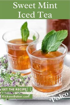 A glass of sweet, refreshing mint tea on a hot summer's day – there's nothing better than that. And this version is paleo-friendly, making it guilt-free too! Best Non Alcoholic Drinks, Fruity Drinks, Yummy Drinks, Yummy Food, Refreshing Drinks, Fun Drinks, Beverages, Iced Tea Recipes, Drinks Alcohol Recipes