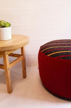 Poufs, Ms Gs, Decorating Your Home, Ottoman, Trust, Upholstery, Outdoor Furniture, Retro, Inspiration