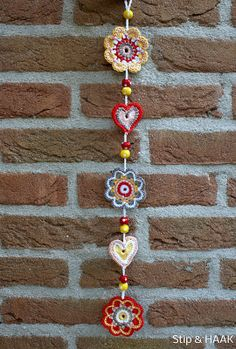 crochet for the wall