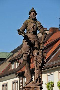 Der Schwed, Ritterfigur auf dem Gengenbacher Marktbrunnen