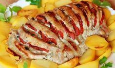 Šalát z póru, grilovaného kuracieho mäsa a syra. Stačí pomiešať a perfektný obed je na svete! - Báječná vareška Good Food, Yummy Food, Sushi, Sausage, Bacon, Pork, Food And Drink, Low Carb, Tasty