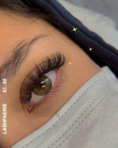 3d Lash Extensions, Eyelash Extensions Styles, Natural Fake Eyelashes, Perfect Eyelashes, Eyelash Perm, Longer Eyelashes, Summer Beauty, Eyebrow Makeup, Beauty Routines