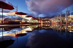 WOW! #Finnmatkat  Etenkin auringonlaskun aikaan, näköala The Vine -hotellin kattoterassilta yli Funchalin kaupungin on unohtumaton. #madeira #funchal #sunset www.finnmatkat.fi