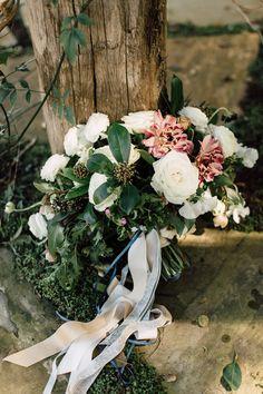 romantic bouquet - photo by Plum and Oak Photo http://ruffledblog.com/moody-agate-wedding-inspiration