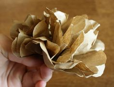 How to make paper bag flowers.  Last minute tablescape idea for thanksgiving.