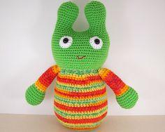 Crochet Amigurumi Alien    Green Space Alien by wigglysee on Etsy, $28.00