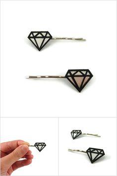 Lot de 2 épingles à cheveux fantaisie diamants graphiques irisés et noirs - Accessoires de coiffure réalisés sur commande par @savousepate à partir de plastique recyclé (CD) - Idée cadeau femme