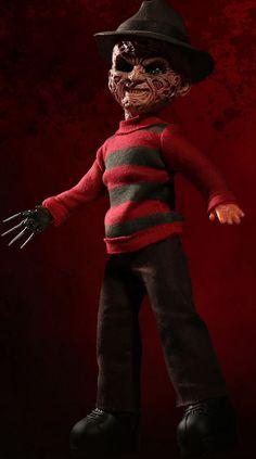 A Nightmare on Elm Street: Talking Freddy Krueger Halloween Doll, Halloween Horror, Halloween Crafts, Halloween Decorations, Living Dead Dolls, Haunted Dolls, Creepy Dolls, Nightmare On Elm Street, Freddy Krueger