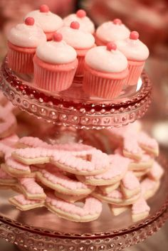 Breast Cancer Party, Breast Cancer Fundraiser, Pink Treats, Jenny Cookies, Sweet Like Candy, Cupcakes With Cream Cheese Frosting, Pink Foods, Pink Drinks, Bakery Recipes