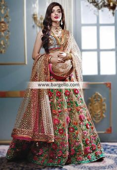 25 Trendy Lehenga designs for Navratri & Garba 2019 - Buy lehenga choli online Indian Bridal Outfits, Indian Bridal Fashion, Indian Bridal Wear, Bridal Dresses 2017 Pakistani, Pakistani Bridal, Indian Dresses, Wedding Dresses, Designer Bridal Lehenga, Bridal Lehenga Choli