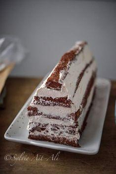 Bûche Chalet (Forêt noire) - Amuses bouche Christmas Eve Dinner, Christmas Snacks, No Bake Cookies, No Bake Cake, Chocolate Eclair Dessert, Yule Log Cake, Xmas Desserts, Food Porn, Dessert Drinks