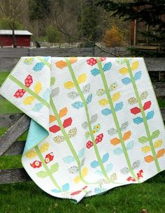 Oh Clementine Pattern- Cluck Cluck Sew Quilting Tutorials, Quilting Projects, Quilting Designs, Sewing Projects, Cute Quilts, Baby Quilts, Scrappy Quilts, Cluck Cluck Sew, Layer Cake Quilts