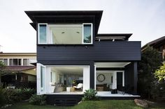 Modern beach house inspo for the by White Beach Houses, Dream Beach Houses, Black House Exterior, Modern Exterior, House Cladding, Facade House, Weatherboard House, Casas Containers, Australian Architecture