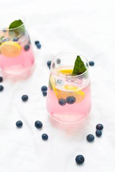 A delicious take on the classic gin and tonic, Blueberry Basil Lemon G&T's // craftandcocktails.co