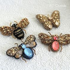 Брошь Жук Insect brooch with Swarovski crystals and seedbeads