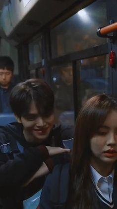 Korean Drama Songs, Korean Drama Romance, Korean Drama Funny, Korean Drama List, Korean Drama Quotes, True Beauty Quotes, Song Kang Ho, Kpop Gifs, Cool Girl Pictures