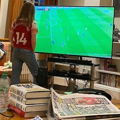"""Piers Morgan on Instagram: """"Elise not happy with that first half performance. Wants @aubameyang97 to get more of the ball."""" Football Games On Tv, Arsenal Football, International News Today, Pierre Emerick, Number 14, Piers Morgan, Messy House, Good Morning Britain, Messy Room"""
