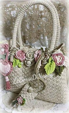 Crochet Bag Tutorials, Crochet Purse Patterns, Crochet Motif, Diy Crochet, Crochet Designs, Crochet Projects, Craft Accessories, Crochet Accessories, Flower Bag