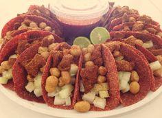 Disfruta tus tacos de botana con estas tortillas de tamarindo http://www.caracteres.mx/disfruta-tus-tacos-de-botana-con-estas-tortillas-de-tamarindo/