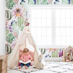 floral wallpaper in kids room