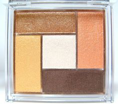 In2it eyeshadow color palette in Island Sands and Pink Alert, P380