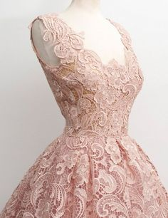 Straps Knee-length A-line Lace Prom Dresses 2017