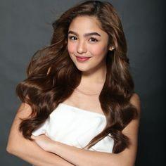 Keri lang 😜 Filipina Actress, Filipina Beauty, Shot Hair Styles, Long Hair Styles, Espanto, Pretty And Cute, Celebs, Celebrities, Best Actress