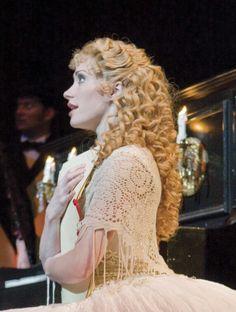 Closeup of Meg's awesome wig