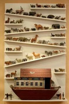 00 Noah's Ark, love 🙂 future kids room idea just… – Noahs Arche, Liebe 🙂 Zukunft Kinderzimmer Idee nur … – Church Nursery, Displaying Collections, Sunday School, Vintage Toys, Antique Toys, Kids Bedroom, Master Bedrooms, Baby Room, Wood Projects
