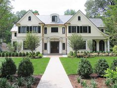 French Country New Residence - traditional - exterior - new york - by Rosen Kelly Conway Architecture & Design French Country Exterior, Classic House Exterior, French Country House Plans, French Country Style, Country Houses, Colonial Style Homes, Country Style Homes, Traditional House Plans, Traditional Exterior