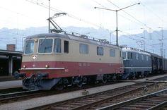 SBB 2 Re 4/4 II, Buchs SG, 1969 (Photo: Karl Meyer) Railroad Pictures, Swiss Railways, Train Art, Oil Rig, Diesel Engine, Switzerland, Transportation, Around The Worlds, Locs