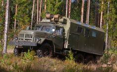 ЗИЛ-131 автомобиль солдат