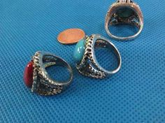 mixed color gemstone fashion rings in antique vintage style $1 - http://www.wholesalesarong.com/blog/mixed-color-gemstone-fashion-rings-in-antique-vintage-style-1/