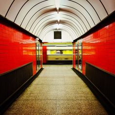 The Tube captured with no one about. It's rare!