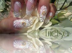 Scents of summer flowers by Lnetsa