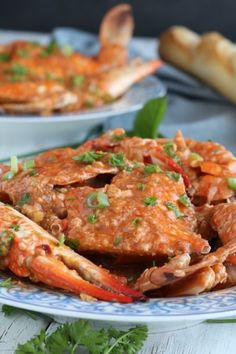 Get this easy and simple recipe for this yummy Chili Crab that has the perfect blend of sweet and spicy! Perfect for blue or mangrove (mud) crabs! Pork Hamonado Recipe, Back Ribs In Oven, Crab Recipes, Potato Recipes, Beef Tapa, Filipino Desserts, Filipino Food, Cassava Cake, Leche Flan