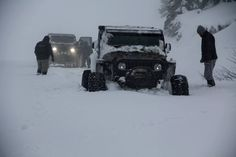 """Two """"Rubikongs"""" running some deep snow. Jeep Tj, Jeep Wrangler Rubicon, Jeep Truck, 4x4 Off Road, Cool Jeeps, Jeep Life, Military Vehicles, Offroad, Cool Cars"""