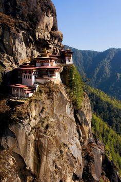 A Hike in Bhutan, Kingdom of the Hills