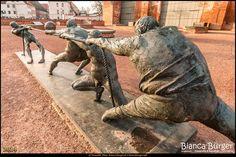 Wismar (Dez 2014) - Marienkirche - Kunstwerk #MecklenburgVorpommern #Wismar #Deutschland #Germany #biancabuergerphotography #igersgermany #IG_Deutschland #ig_germany #shootcamp #shootcamp_ig #pickmotion #Reise #travel #diewocheaufinstagram #canon #canondeutschland #EOS70D #city #street #culture #sculpture