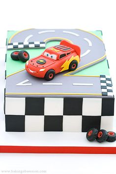 Google Image Result for http://www.bakingobsession.com/wordpress/wp-content/lightning-mcqueen-cake-the.jpg