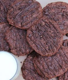 Chocolate and Beet Cookies @yahoofood @lifehack @buzzfeedfood @recipechart #Christmas @jamieoliver #recipeoftheday #recipe @nigellalawson
