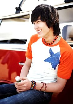Lee Min Ho. The sincere hipster shag #2, aka the camp counselor