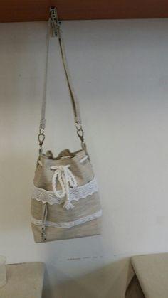 Letná z rezneho plátna Bucket Bag, Bags, Fashion, Handbags, Moda, Fashion Styles, Fashion Illustrations, Bag, Totes