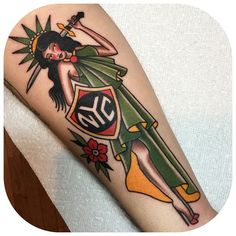 Becca Genné-Bacon took a much different approach to the Statue of Liberty, turning her into a pinup girl in a tattoo for her friend Luca. Lady Liberty would totally have side-boob if she were built today, don't you think? #refinery29 http://www.refinery29.com/nyc-inspired-tattoos#slide-9