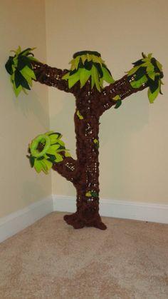 Sugar Glider Fleece Tree (Sm-Med) by CraftingLefty1980 on Etsy https://www.etsy.com/listing/244025029/sugar-glider-fleece-tree-sm-med