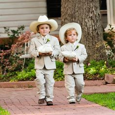 Oh so cute ring bearers! - Mon Cheri Bridals