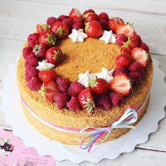 Давно не было #медовик_fbc ❤️🍯 #foodbookcake Технология Приготовления Тортов, Чизкейк, Десерты, Еда, Кухня, Счастливый, Выпечка, Deko